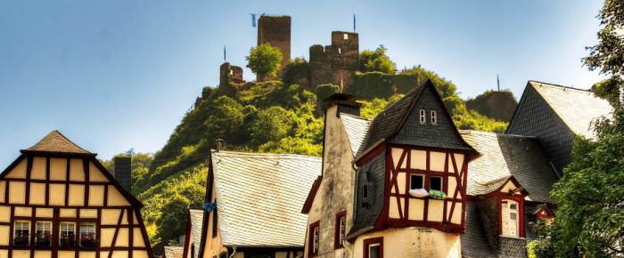 Строительство деревянных домов. Этапы истории, от древности до наших дней.